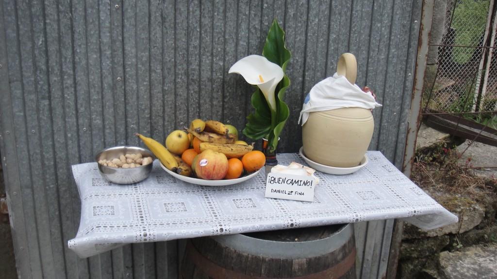 Mesinha de frutas no Caminho de Santiago de Compostela