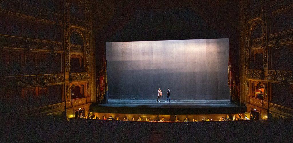 Palco principal do Teatro Colón - o que fazer em Buenos Aires com chuva